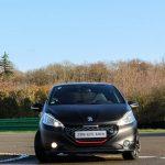 Essai de 208 GTi30th Anniversary Edition sur le circuit de Dreux.