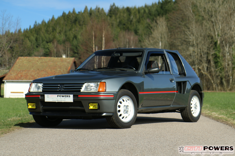 Peugeot 205 Turbo 16 série 200 : une lionne aux allures de voiture de course